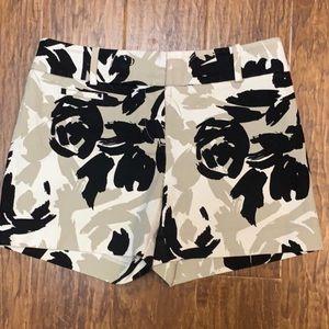Ann Taylor Loft Black and Tan floral shorts size 0